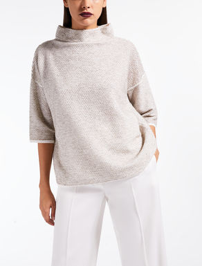 Stretch wool jumper