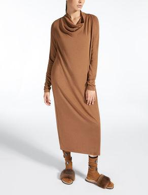Robe en tissu modal