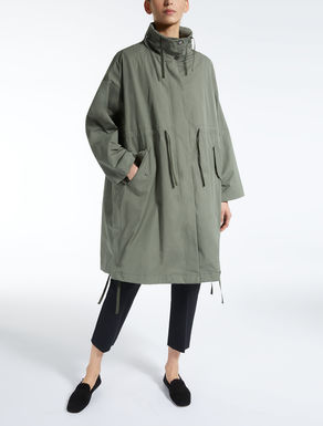 Water-repellent gabardine parka