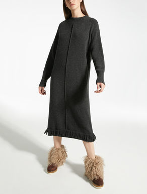 Wool yarn dress