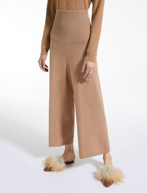 Wool yarn trousers