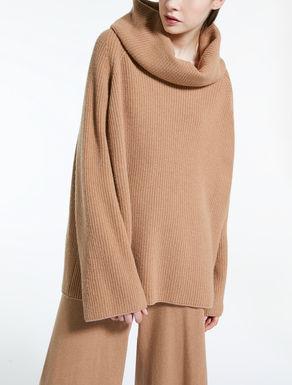 Pullover in filato di lana