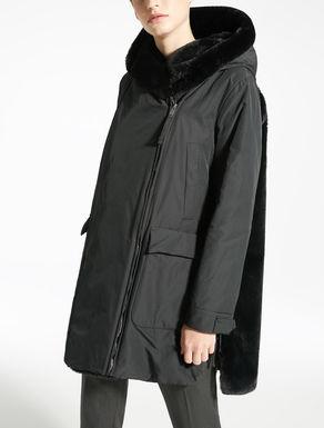 Manteau court en taffetas déperlant