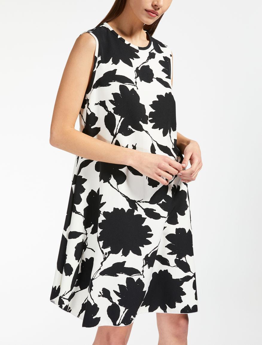 Kleid aus bedrucktem Cady