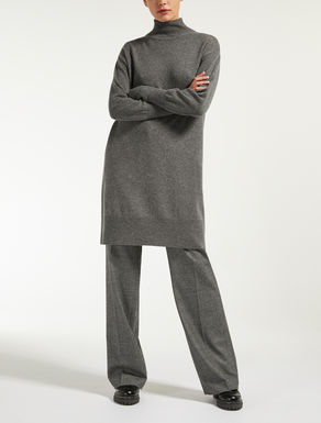 Wool and cashmere yarn dress