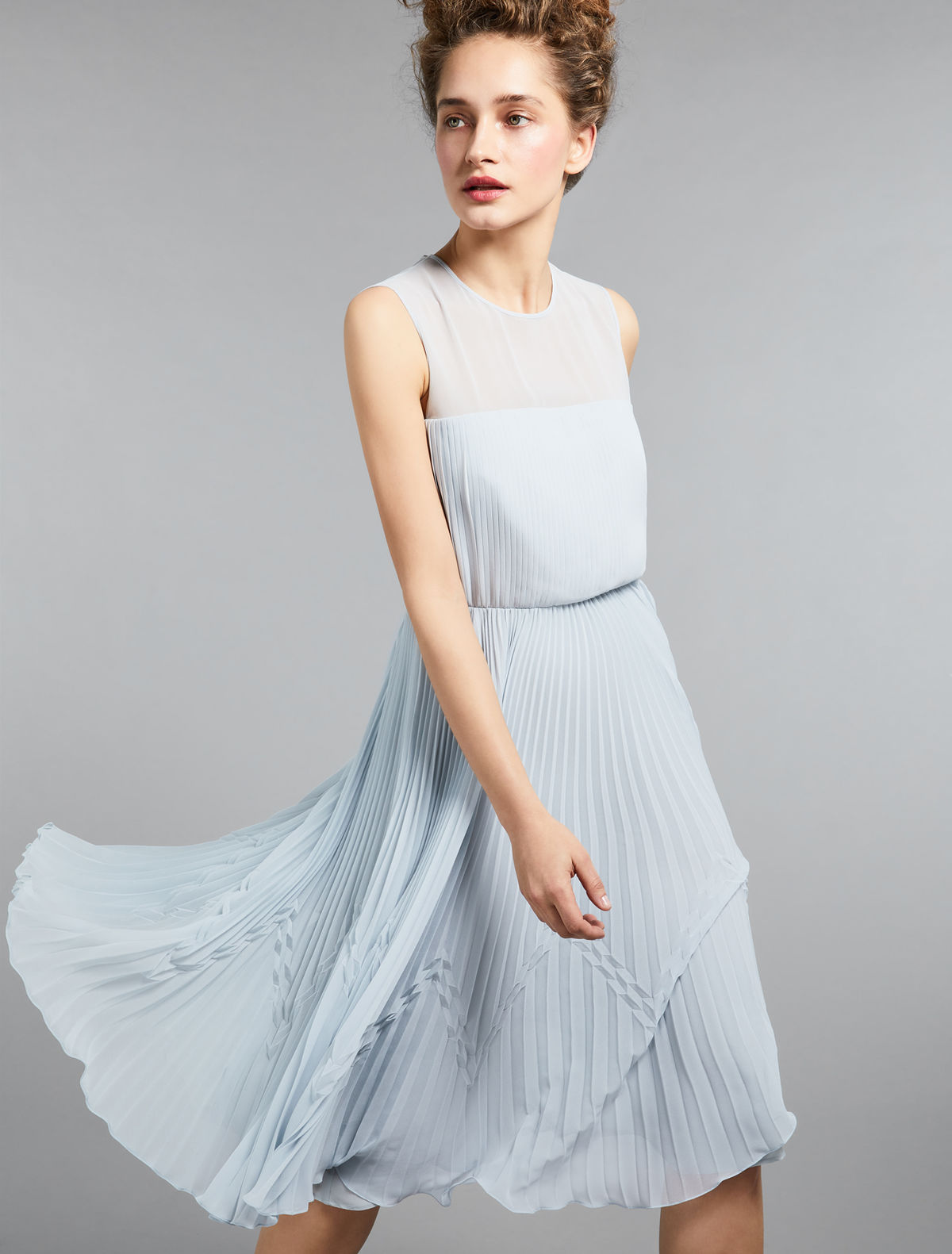 Dress in pleated georgette