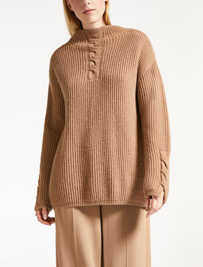 Cashmere and wool yarn polo neck jumper