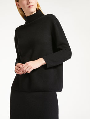 Cashmere and wool yarn pullover