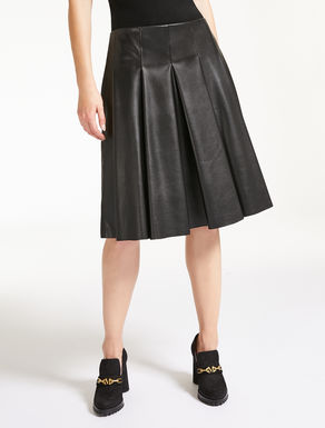 Smear-effect fabric skirt