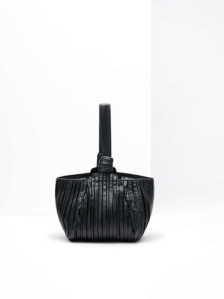 Pleated nappa shopper