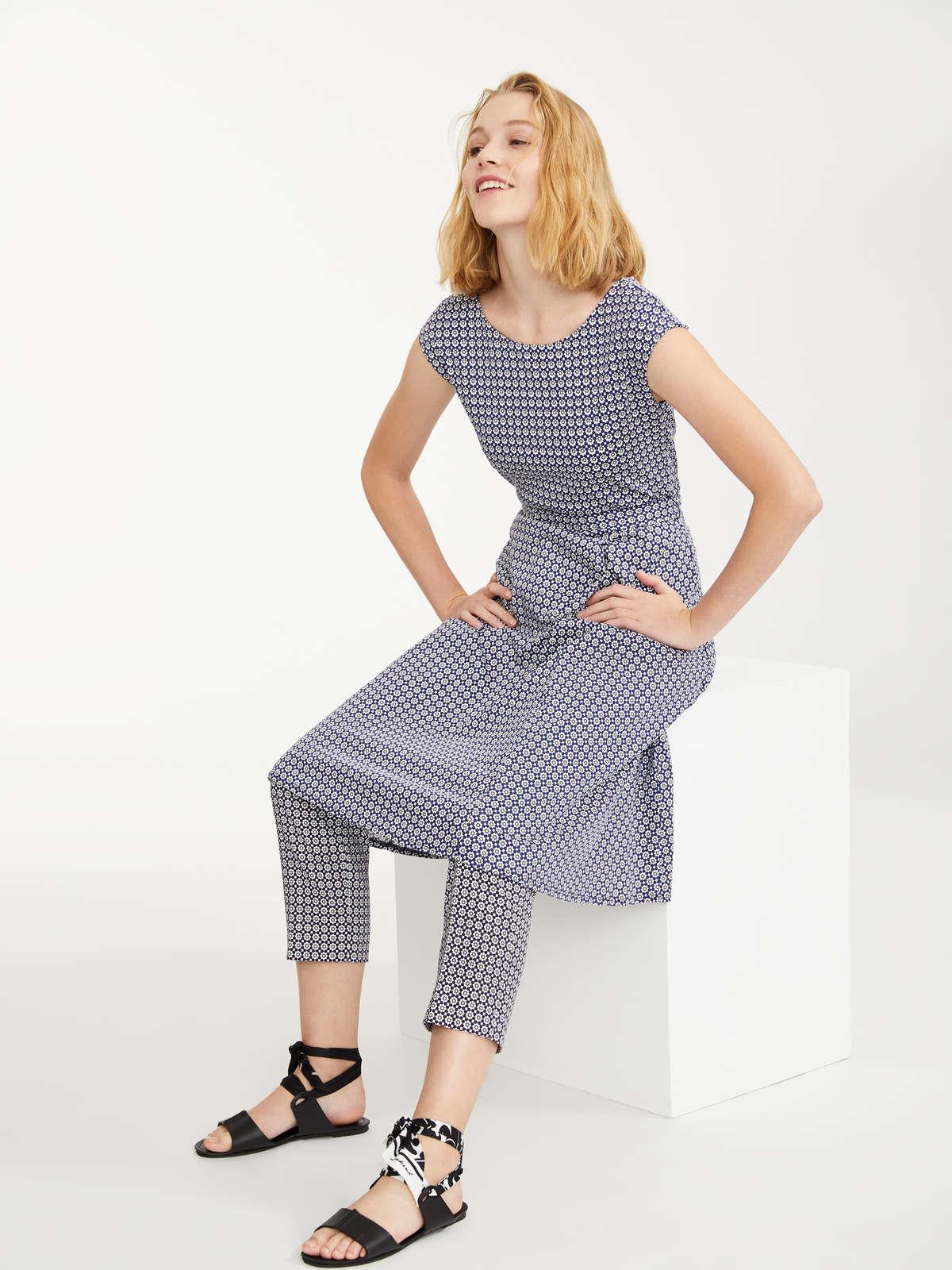 67cbf4ae807 Smart Black Knee Length Dress - Gomes Weine AG
