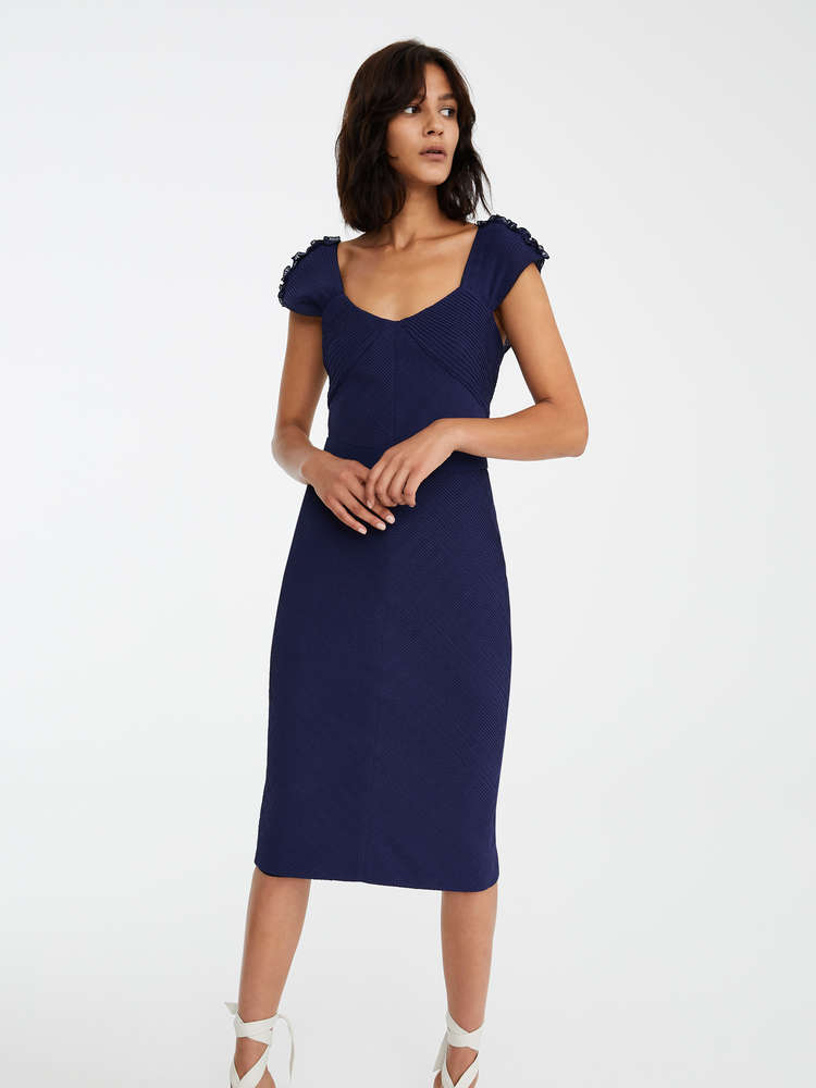 db4af3d7c3 Elegant Outfits and Dresses   New 2019 Collection   Max Mara