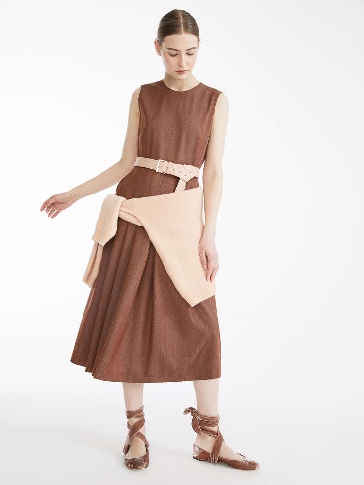 7789e50736 Vestiti e Abiti eleganti | Nuova Collezione 2019 | Max Mara