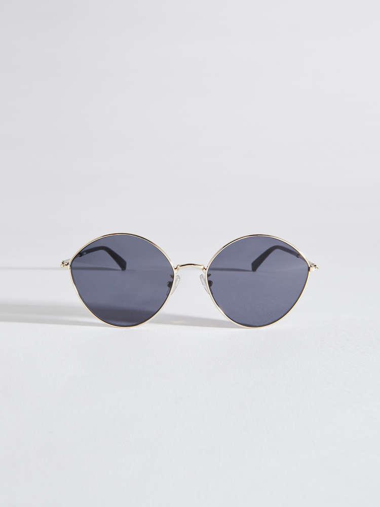 Leaf-shaped sunglasses