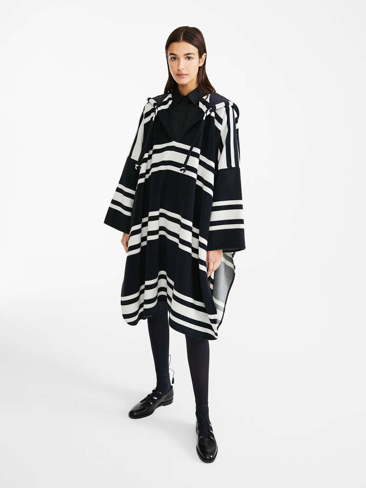 Wool and cashmere beaver cape