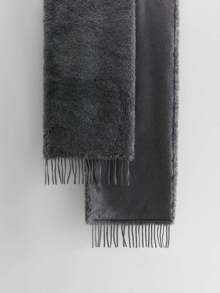 Wool, alpaca and silk stole