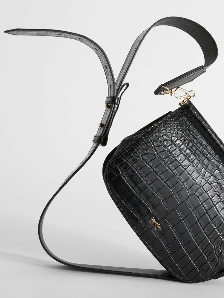 Umhängetasche aus Leder mit Kroko-Print