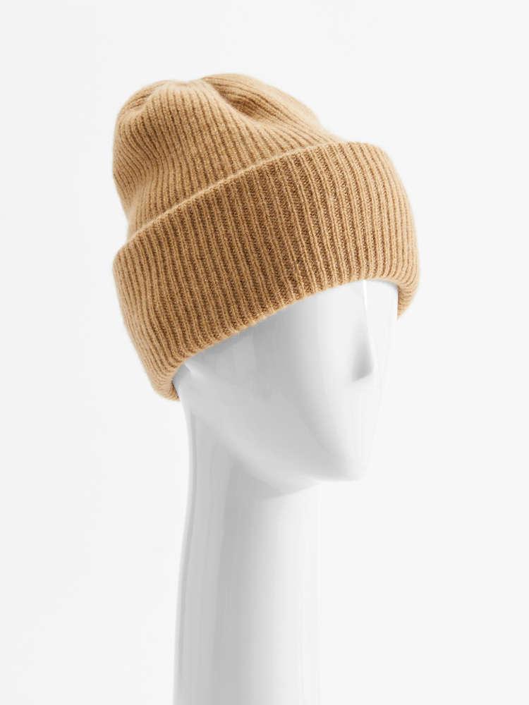 Cashmere yarn cap