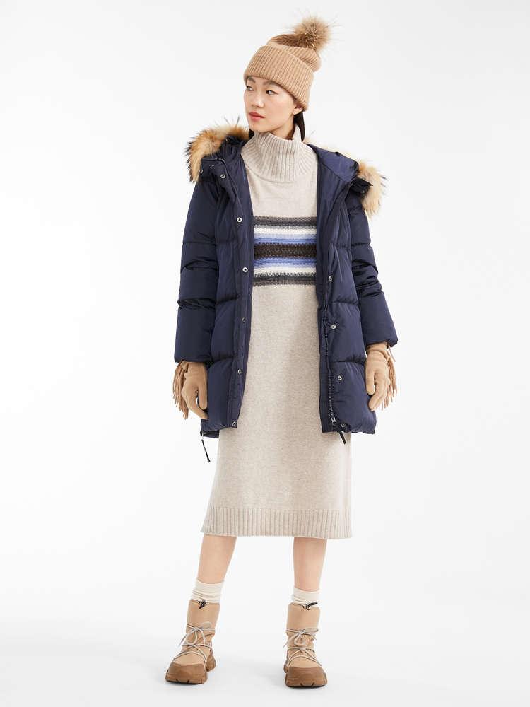 Kleid aus Wollgarn