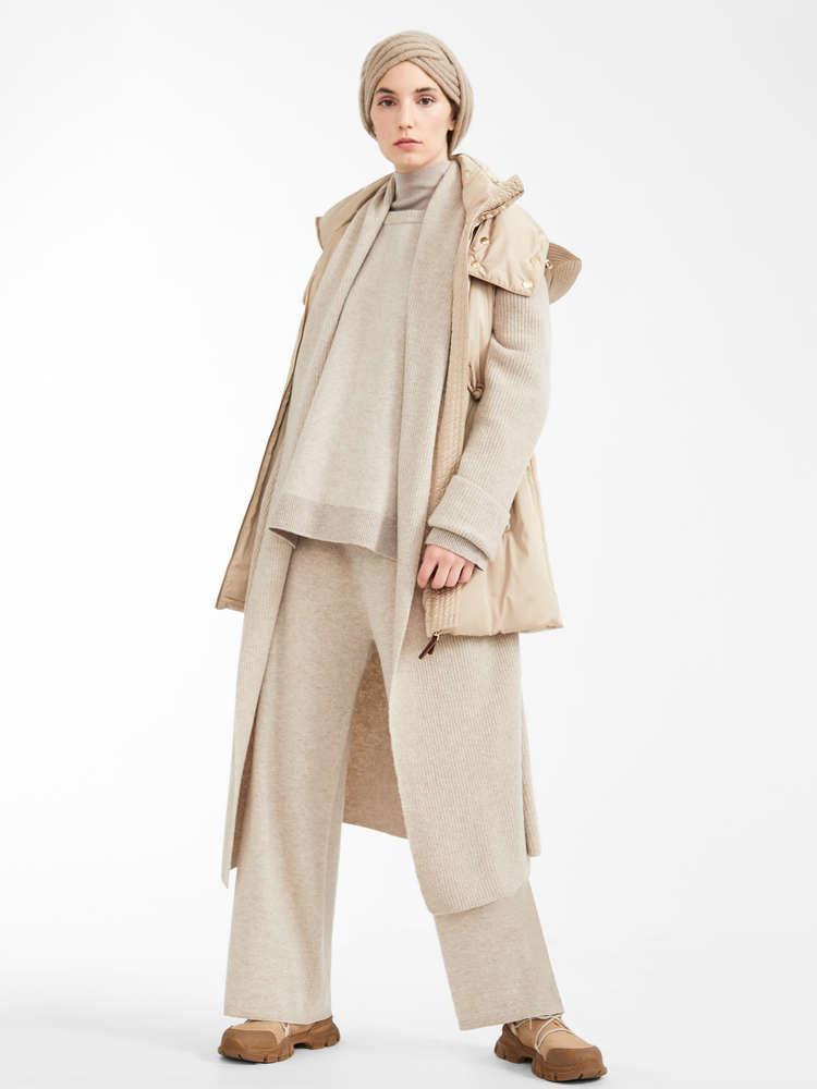 Silk and wool yarn polo neck jumper