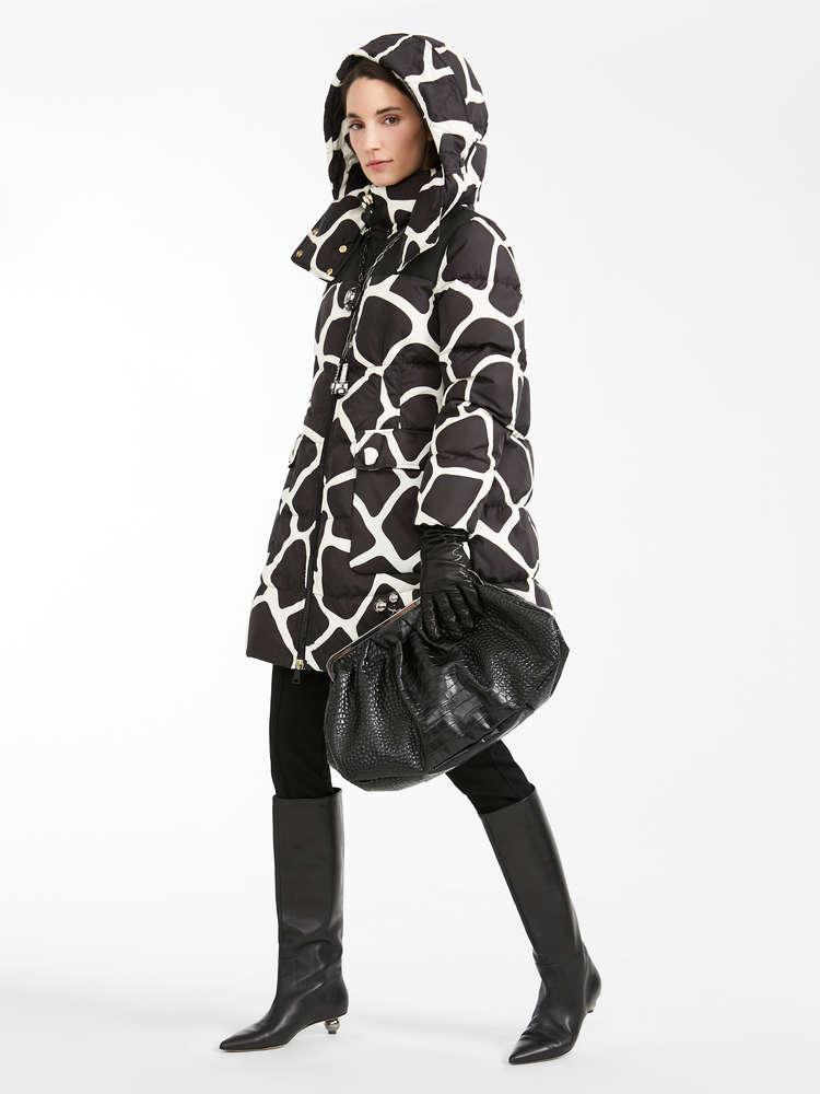 Water-repellent canvas puffer coat