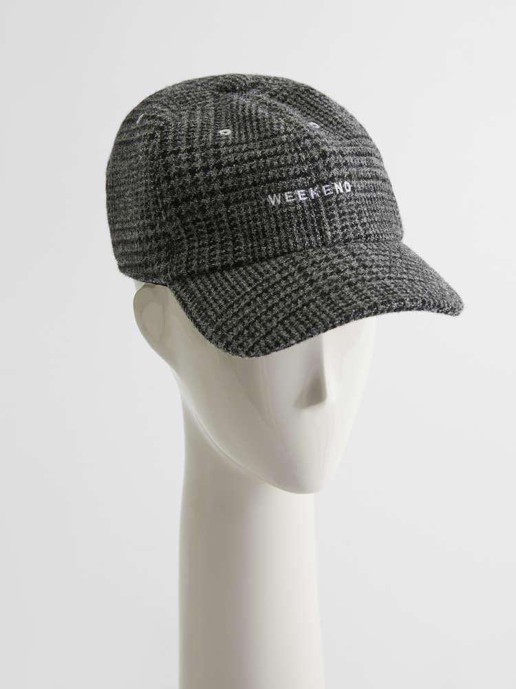 Wool flannel cap