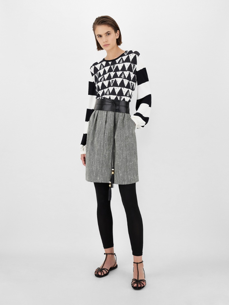 Jacquard-patterned viscose crepe yarn sweater