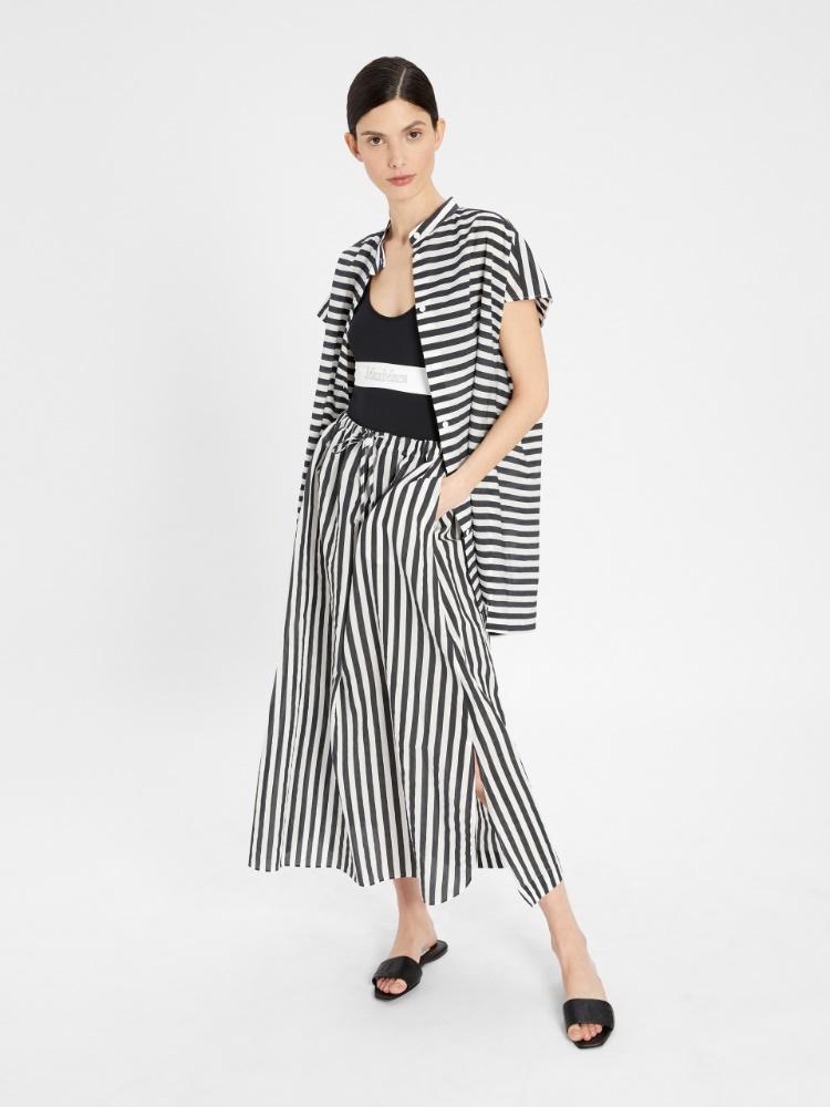 Cotton blend fabric skirt