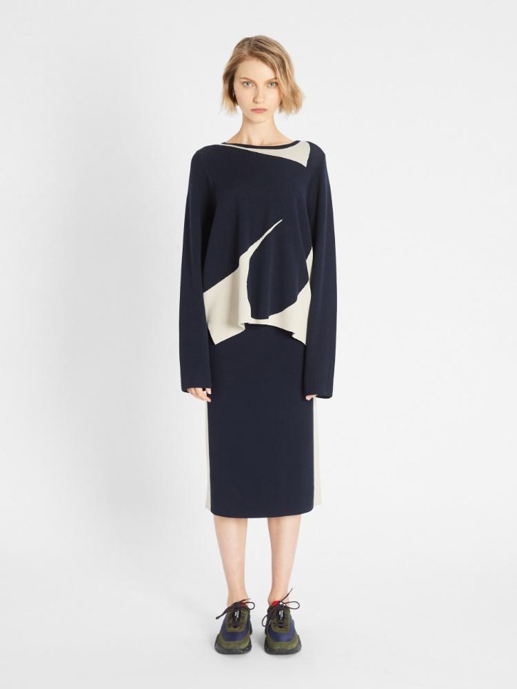 Viscose yarn skirt