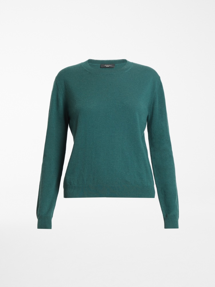 Cashmere and wool yarn sweater