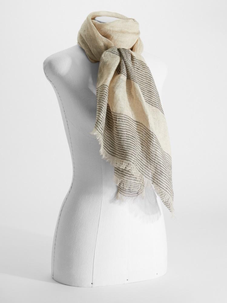 Jacquard linen yarn stole