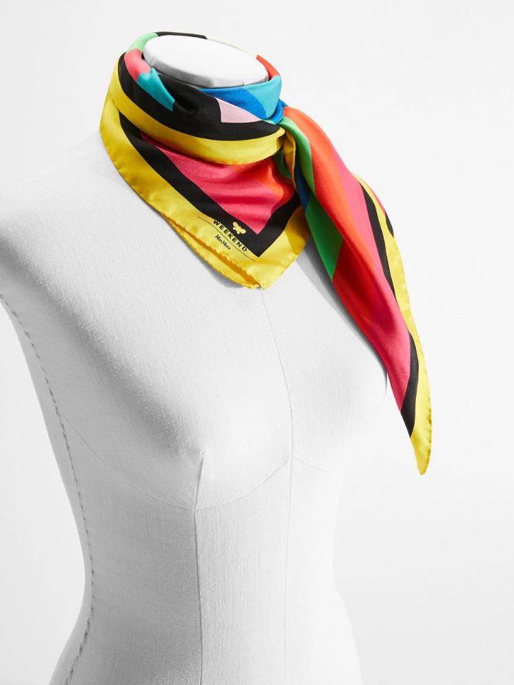 Flutterflies scarf