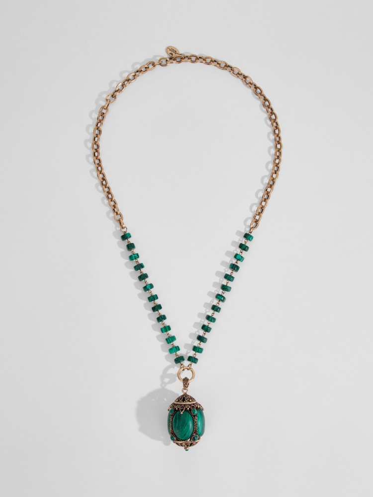Chain necklace with large pendant