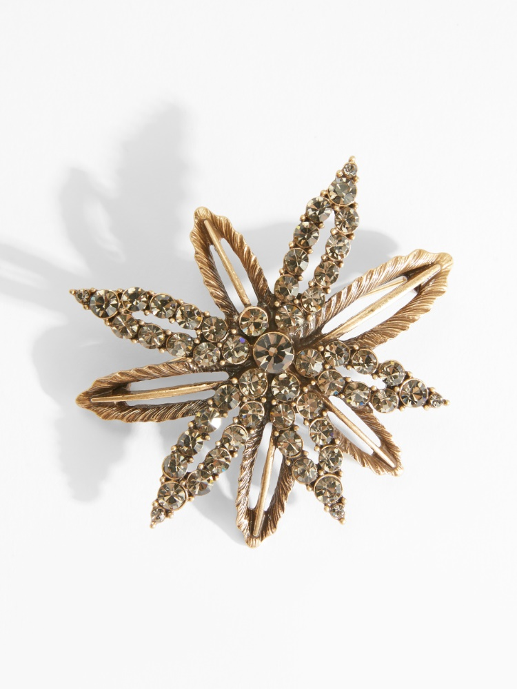 Flower brooches with rhinestones