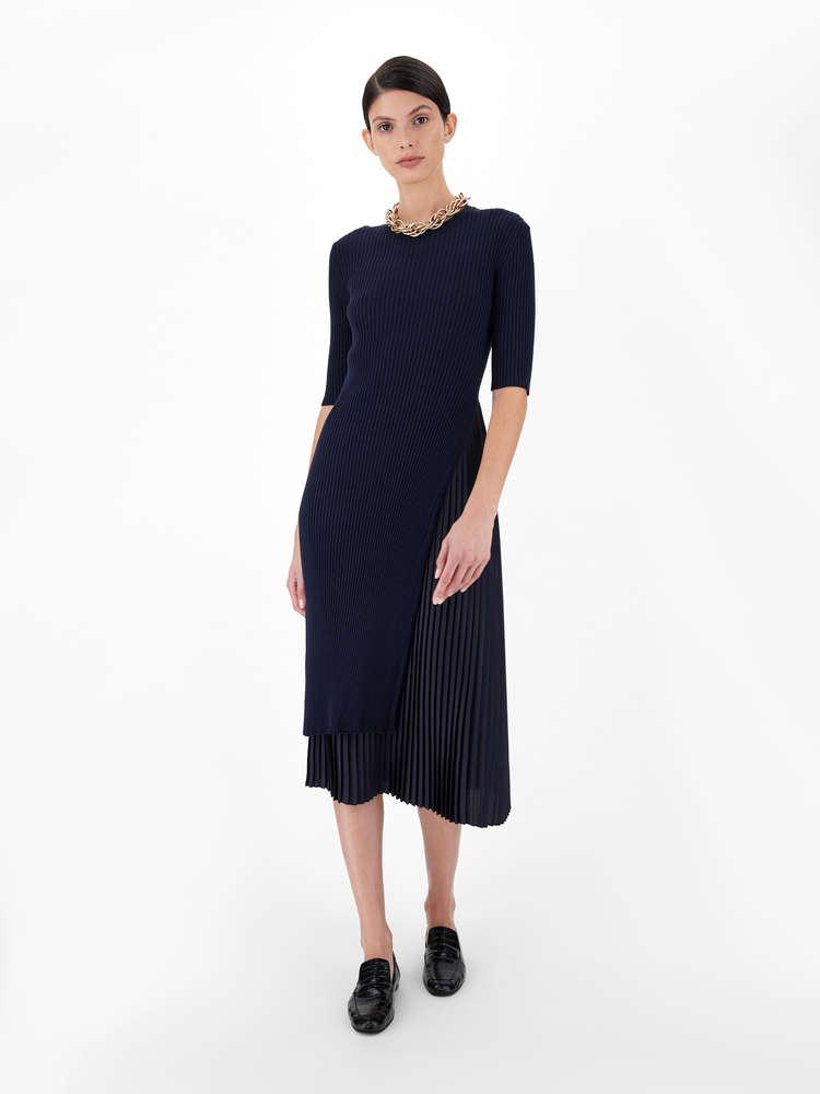 Stretch viscose yarn dress