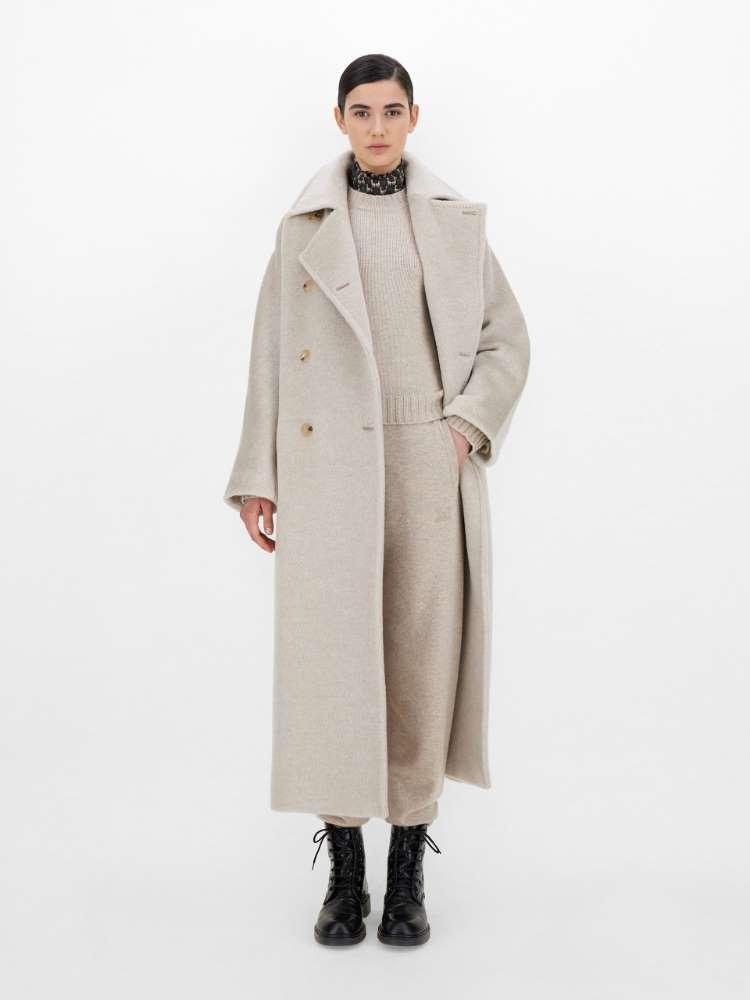 Cashmere teddy-bear coat