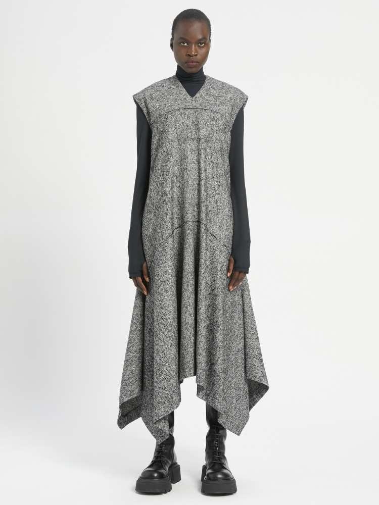 Robe sans manches en tweed