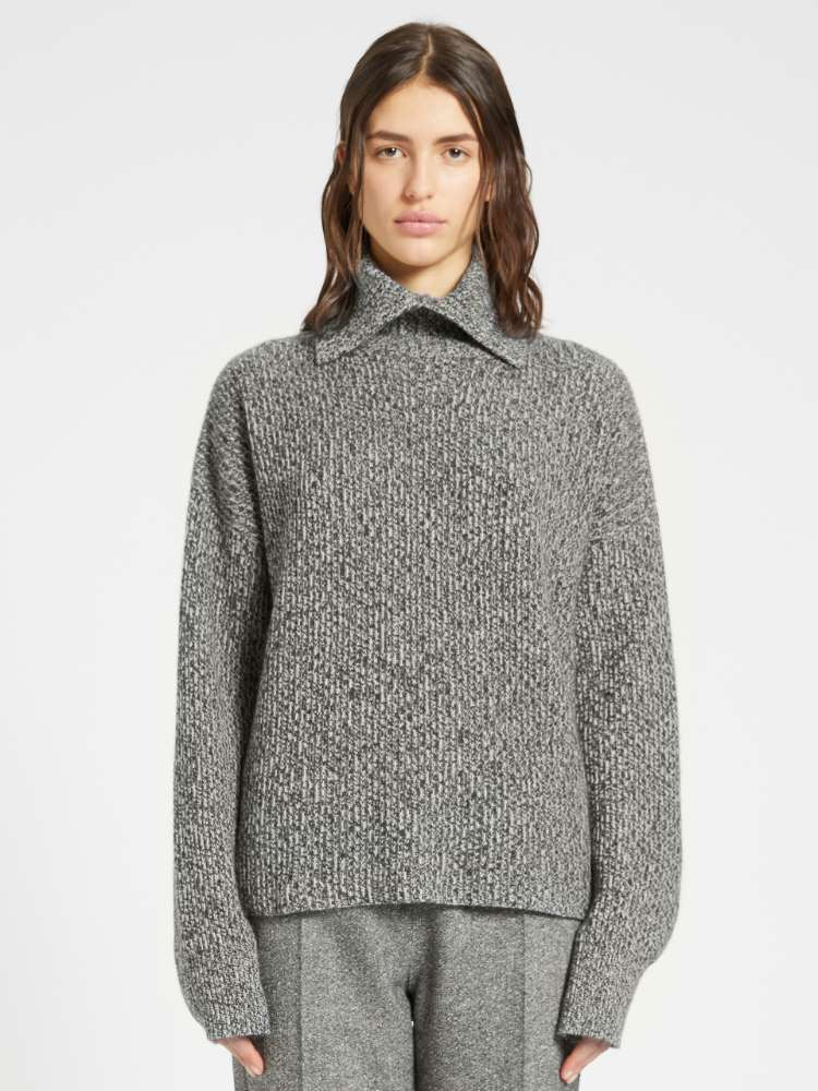 Loose-fit cashmere-blend sweater