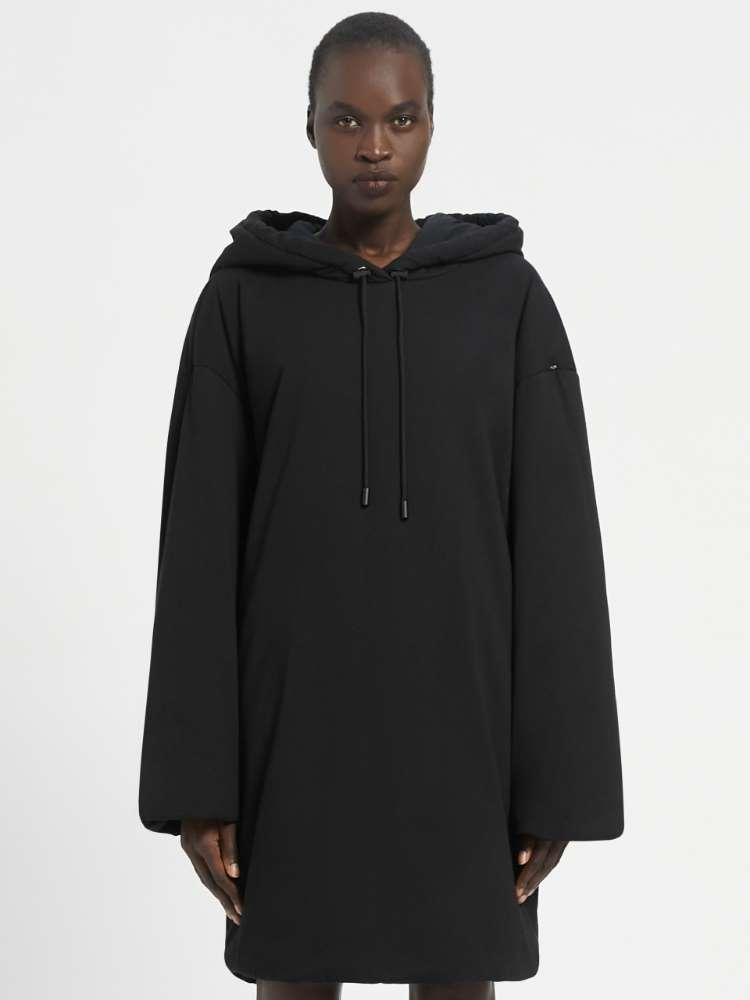 Hooded sports dress