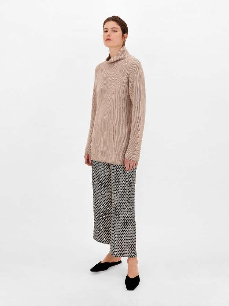 Pull en fil de laine