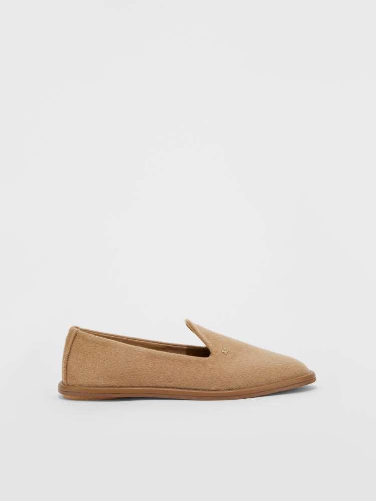Cashmere loafer
