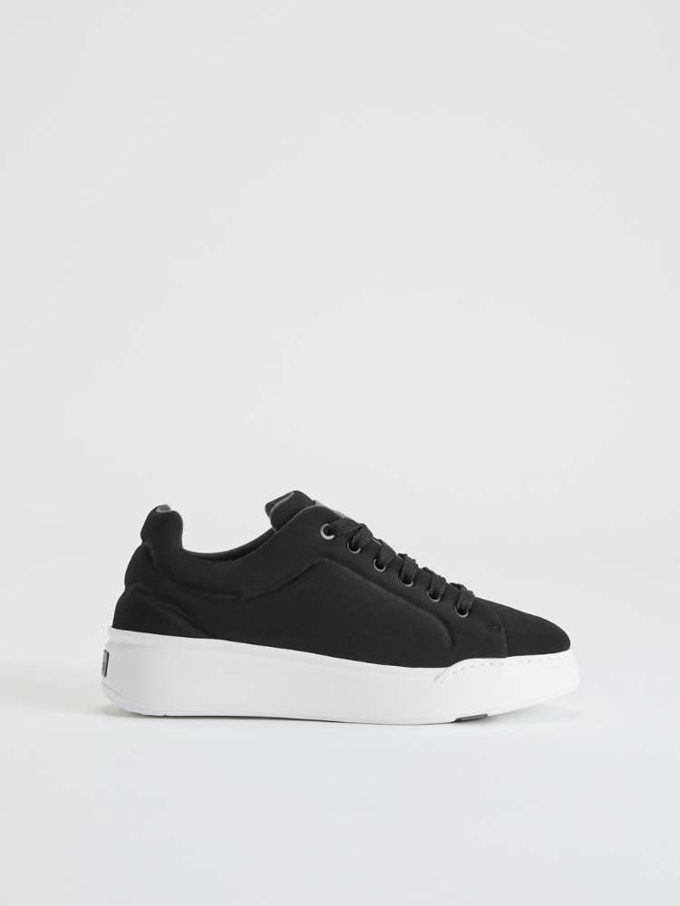 Technical fabric trainers
