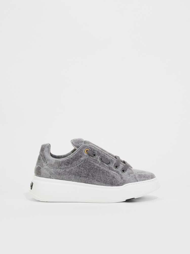 Sneakers en laine enduite