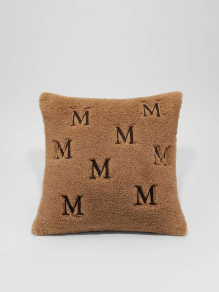 Teddy pillow