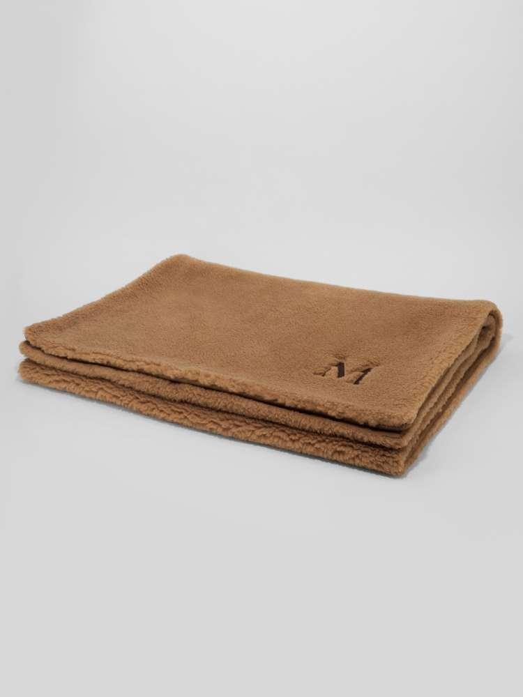 Couverture en nounours et laine