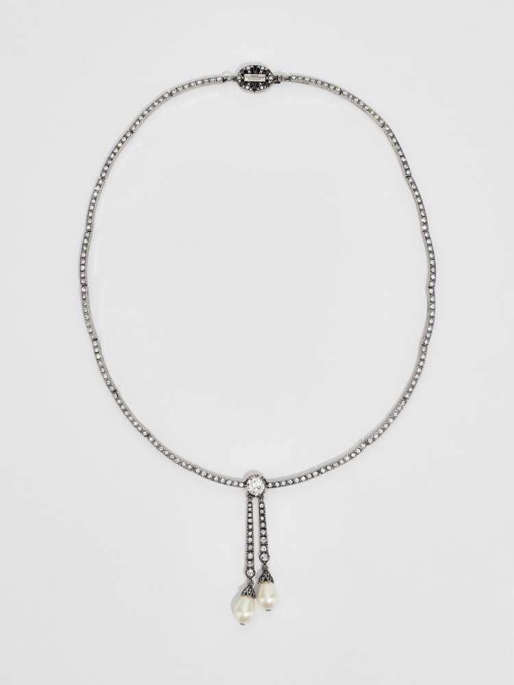 Collier avec strass et perle