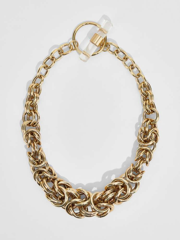 Chain necklace with resin detail