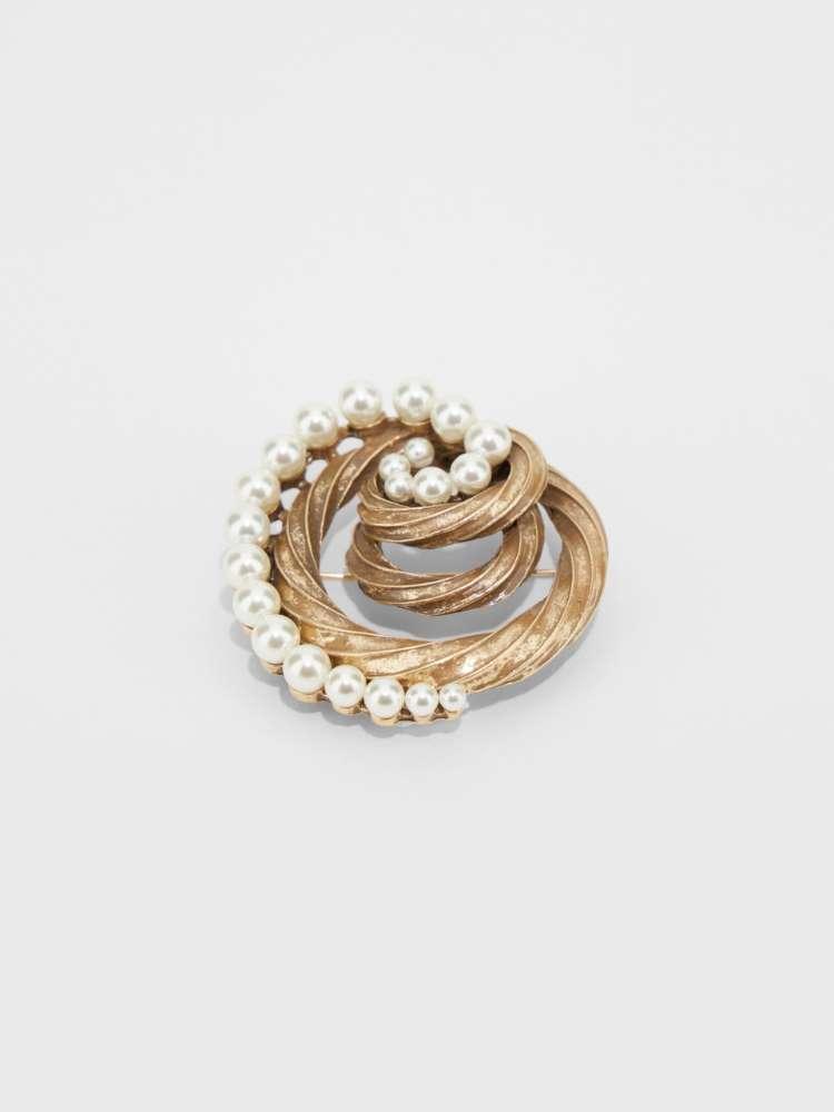 Broches avec perles