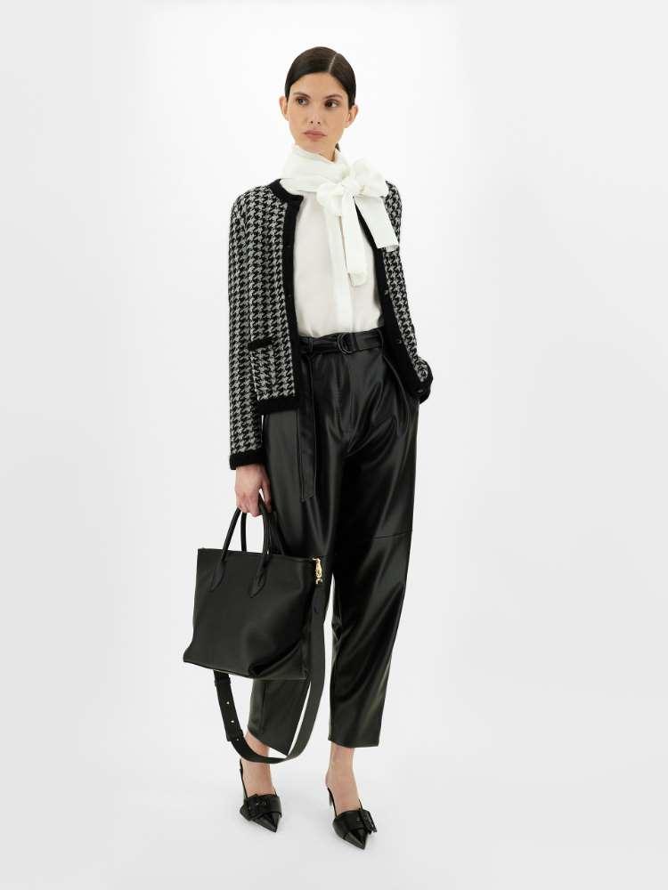 Jacquard-knit wool yarn jacket