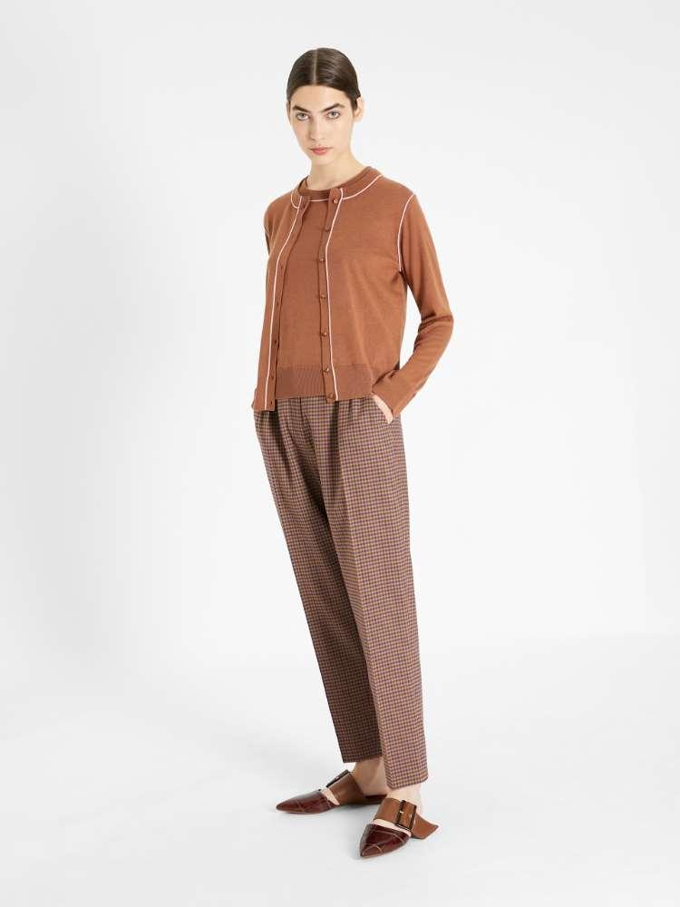Silk and wool yarn cardigan